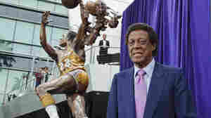 Elgin Baylor's 'Hang Time' Addresses Racism And His Basketball Career