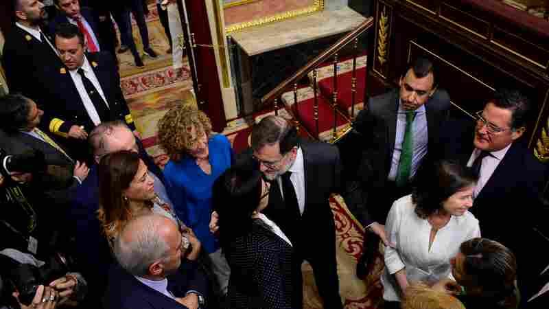 Spain's Prime Minister Loses Confidence Vote, Ushering In Socialists