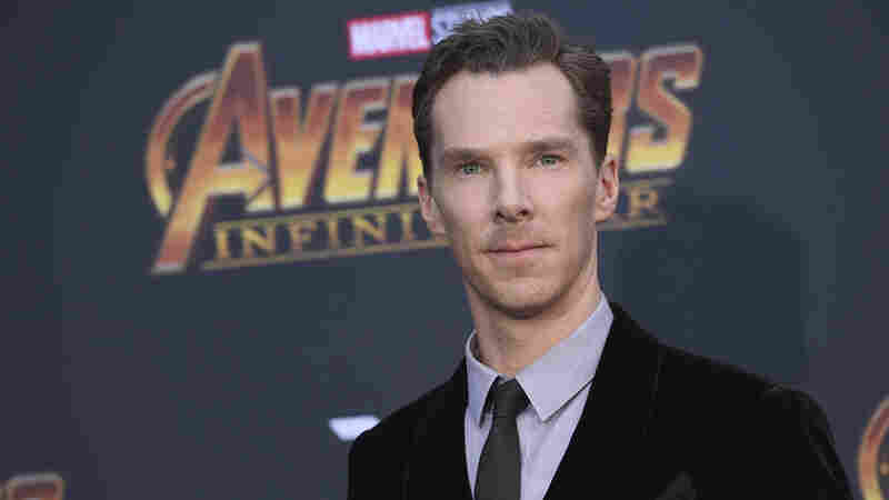Benedict Cumberbatch fights off muggers attacking cyclist in London