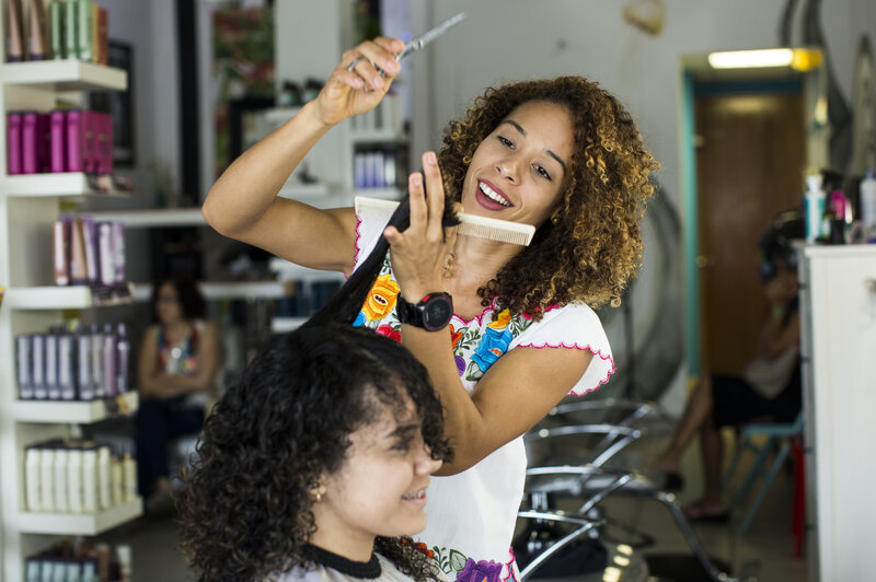 After Hurricane Maria Puerto Rican Women Embrace Their Natural