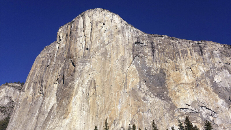 2 Climbers Fall To Their Deaths From El Capitan In Yosemite : The
