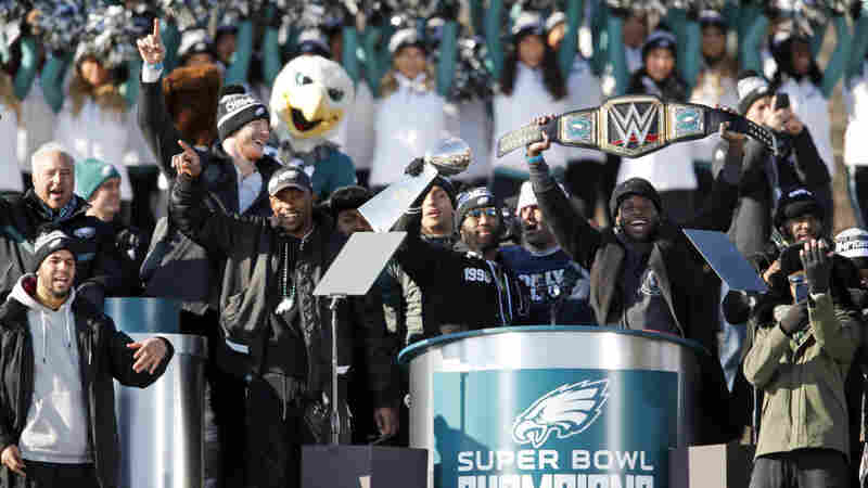 President Trump Rescinds Invitation To Super Bowl Champion Philadelphia Eagles