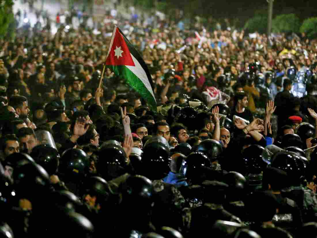 Jordan's King Replaces Embattled PM to Defuse Anti-Government Protests