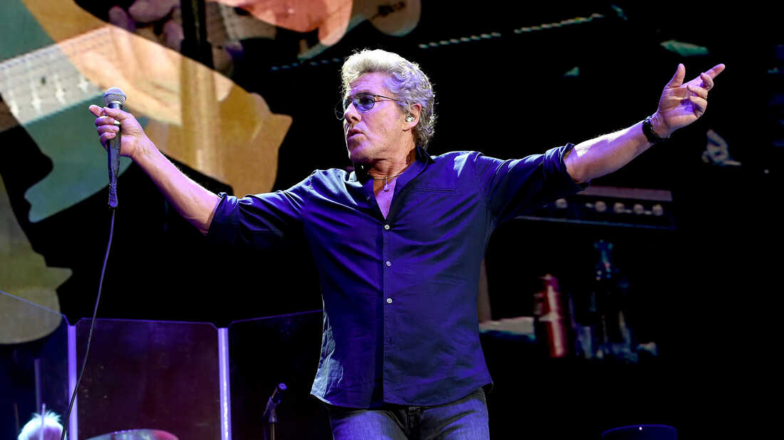 Roger Daltrey Renews His Love For The 'Magical Music' Of American Soul