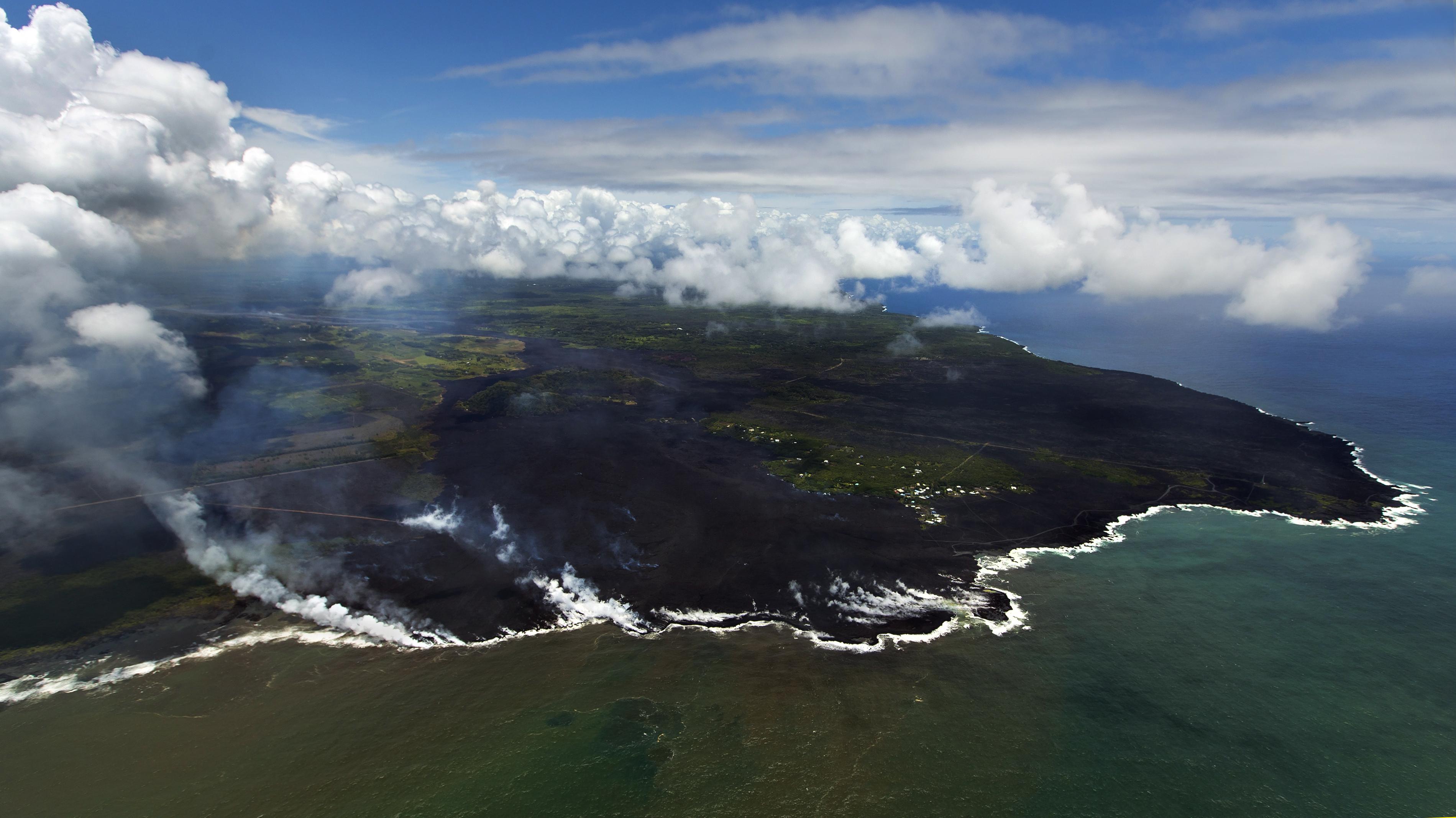 Kilauea Lava Flow Swallows 279 Homes In 2 Coastal Subdivisions