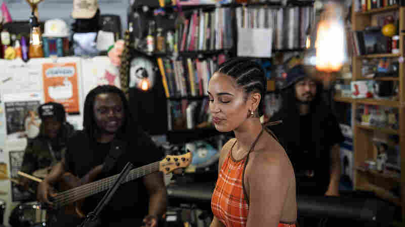 Jorja Smith: Tiny Desk Concert