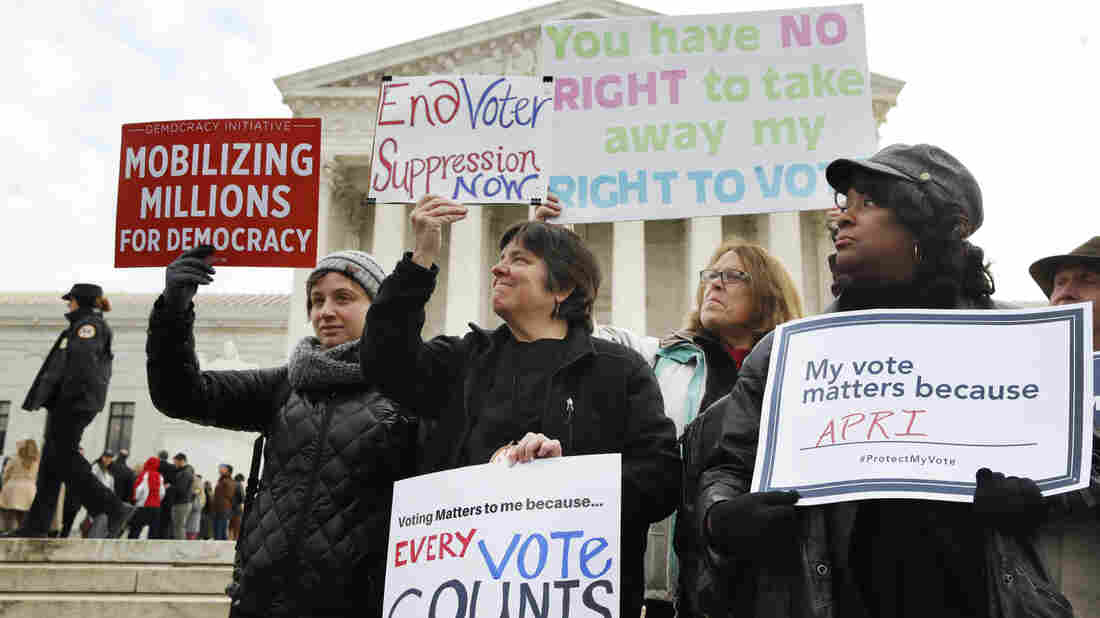 U.S. Supreme Court Backs States' Voter-Purge Efforts
