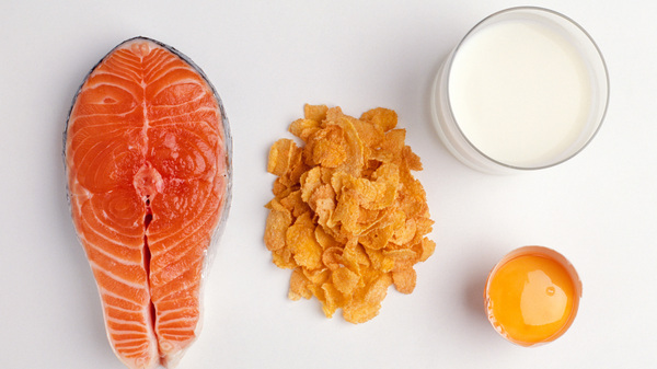 A serving of salmon contains about 600 IUs of vitamin D, researchers say, and a cup of fortified milk around 100. Cereals and juices are sometimes fortified, too. Check the labels, researchers say, and aim for 600 IUs daily, or 800 if you