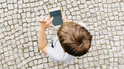 Heavy Screen Time Rewires Young Brains >> Screen Time Npr