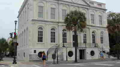 Charleston, Key Port For Slaves In America, Apologizes And Meditates On Racism Today