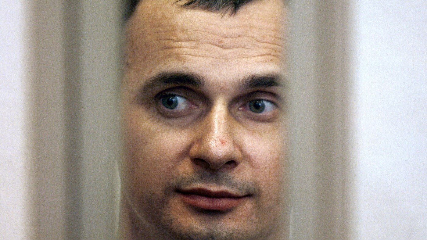 Ukrainian Film Director Stages Hunger Strike In Russian Jail During World Cup
