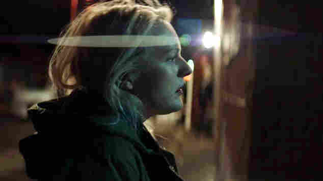 Max Richter's 'Blue Notebooks' Offers Moving Portrait For Elisabeth Moss
