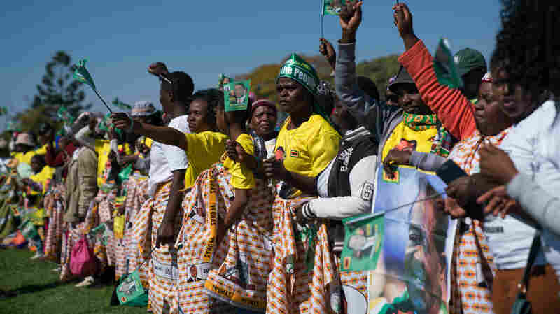 Zimbabwe's President Emmerson Mnangagwa Unharmed After Explosion At Campaign Rally