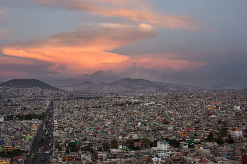 Working The Night Shift For Mexico City's Bloody Crime