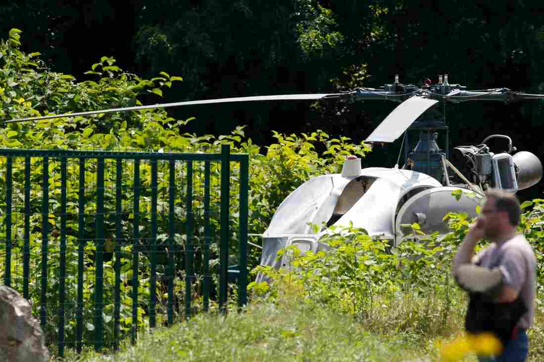 French thief makes dramatic helicopter escape from jail