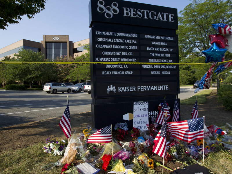 Astounding Capital Gazette Shooting After Delay Trump Orders Flags At Download Free Architecture Designs Scobabritishbridgeorg