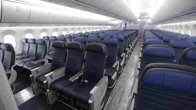 FAA To Passengers: Not Our Job To Regulate Seat Size, Legroom On Planes
