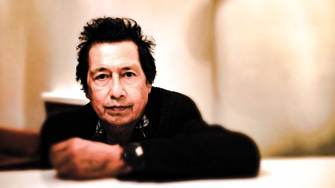 Alejandro Escovedo Returns To Punk Roots With 'Sonica USA'