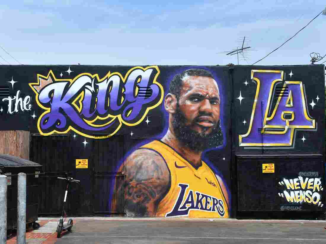 A mural of LeBron James in a Los Angeles Lakers jersey is viewed in Venice, California on July 9, 2018.