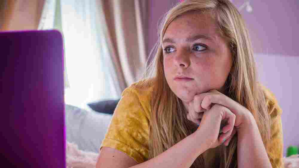 'Eighth Grade' Captures Awkwardness And Impermanence Of American Adolescence