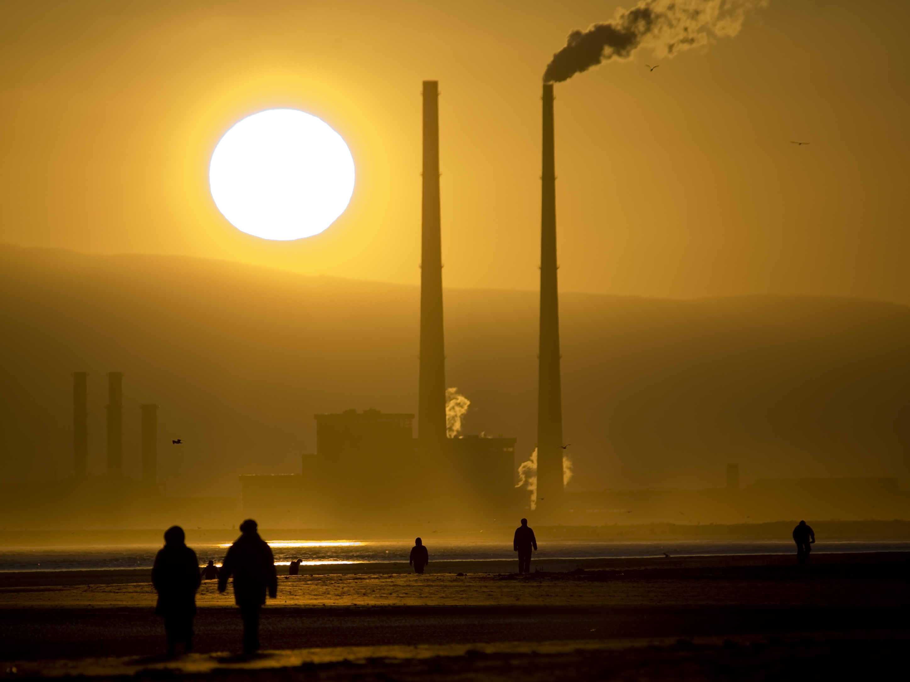 Ireland is first to stop investments in fossil fuel firms