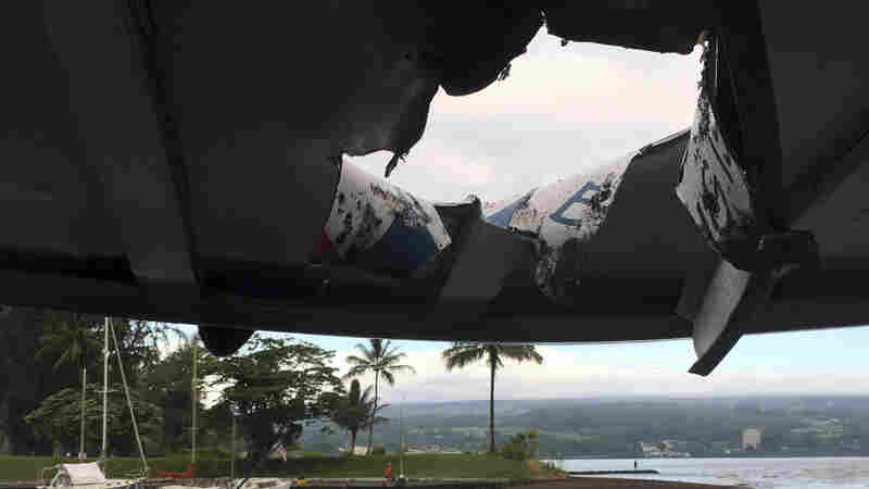 Kilauea 'Lava Bomb' Hits Tour Boat; Explosion Injures 23