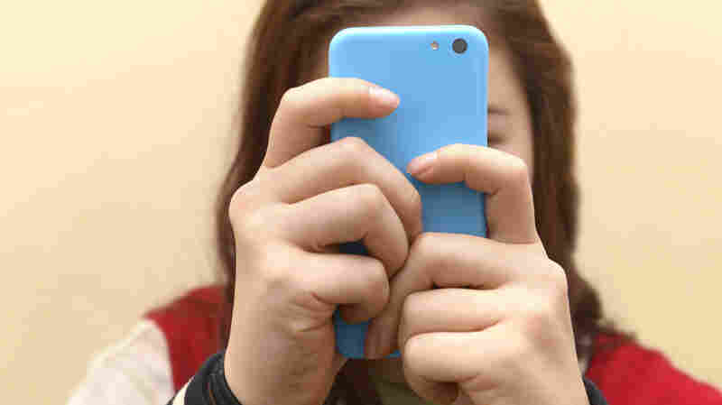 More Screen Time For Teens Linked To ADHD Symptoms