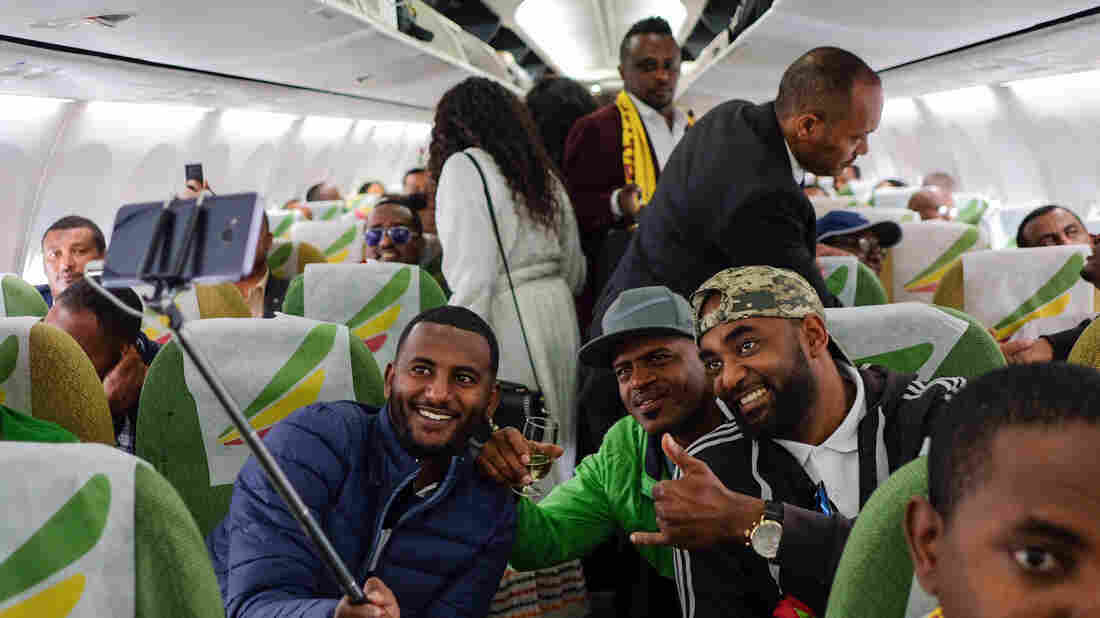 Peace is in the air as Eritrea greets first flight from Ethiopia