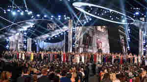 More Than 140 'Sister Survivors' Of Larry Nassar Abuse Are Honored At ESPYS