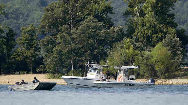17 Dead After Amphibious Tour Boat Sinks In Missouri Lake