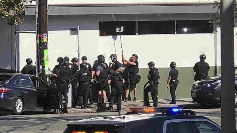 Gunman Faces Murder Charges After LA Trader Joe's Standoff Left 1 Dead