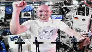 Kraftwerk Plays 'Spacelab' Live With An In-Orbit German Astronaut