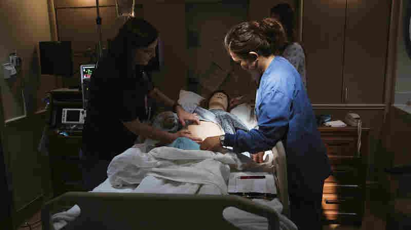 为了不让妇女死于分娩,看看加州