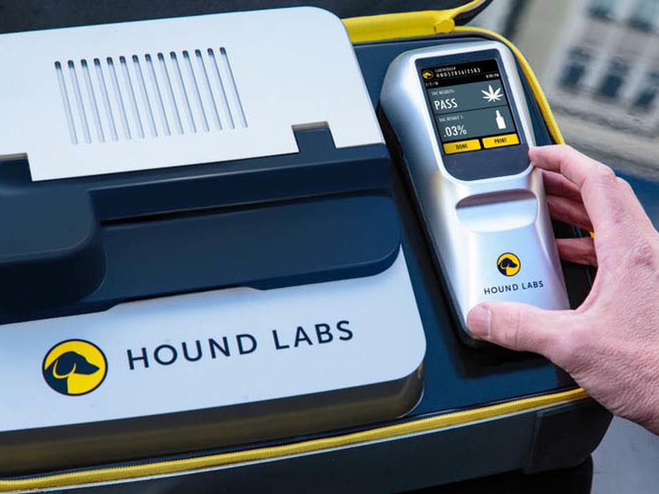 Hound Labs' breathalyzer and base station. (Hound Labs)