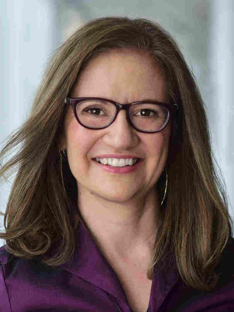 Headshot of Anya Grundmann.