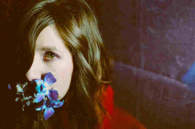 """Circuit Des Yeux's Haley Fohr sings """"Apparition,"""" written about the only time Montgomery met Nico."""