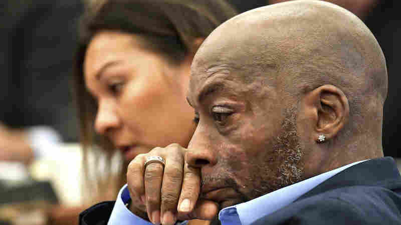 Jury Awards Terminally Ill Man $289 Million In Lawsuit Against Monsanto