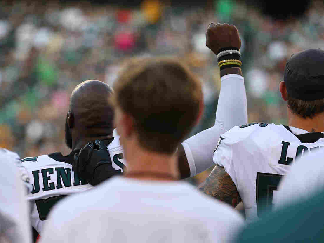 NFL Releases Statement After Three Dolphins Protest During Anthem