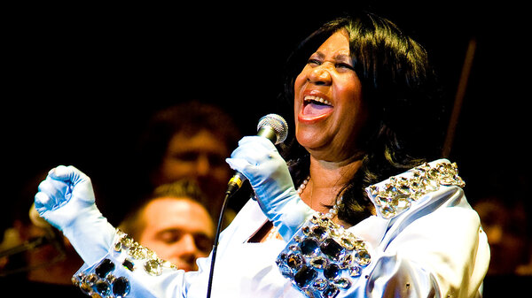 Aretha Franklin performs with the Philadelphia Orchestra at the Mann Center for Performing Arts in 2010.