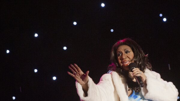 Aretha Franklin performs at the national Christmas tree lighting ceremony in Washington, D.C., in 2013.