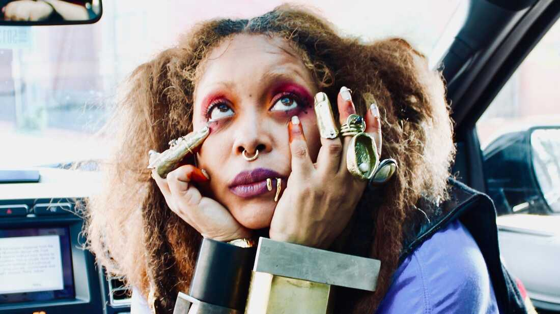 Erykah Badu On Stand-Up, Meeting Prince And 'Unpopular Opinions'