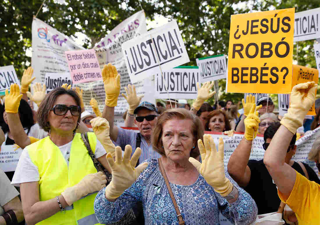 the role of women in spain The position of workers and peasants in spain in the 1920s and 1930s was bad  if you were female it was appalling conditions for spanish women were.