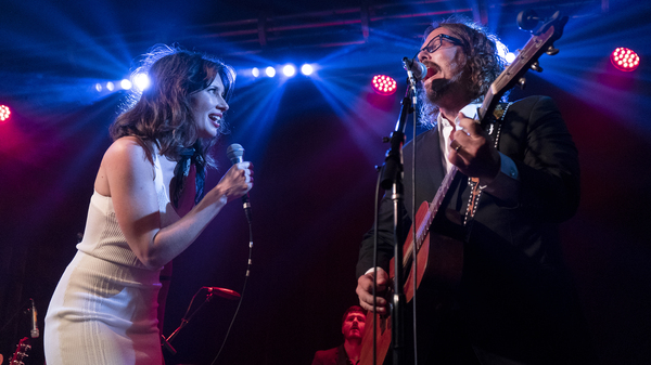 Lera Lynn (left) with John Paul White (right) performing at Lynn