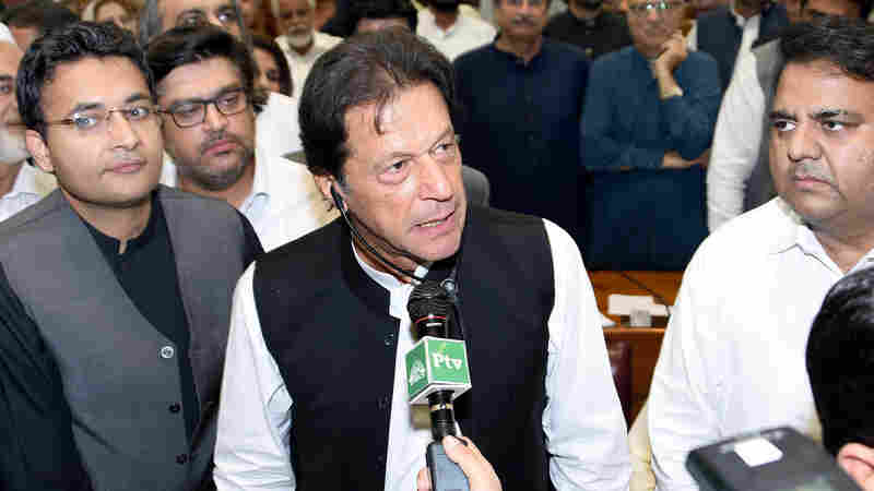 Imran Khan Is Sworn Into Office As Pakistan's New Prime Minister