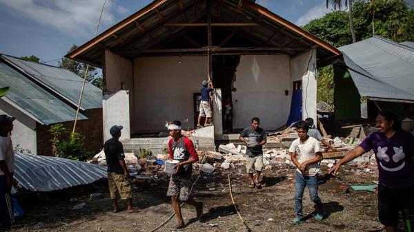 A 6.9-magnitude earthquake struck Indonesia