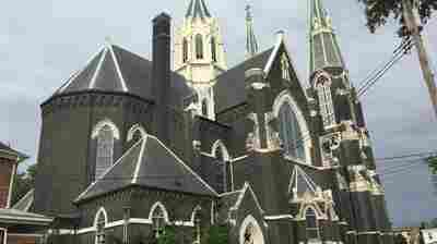 'Beyond Anger': Pittsburgh Priest Says Sex Abuse Report 'Shook' Parishioners