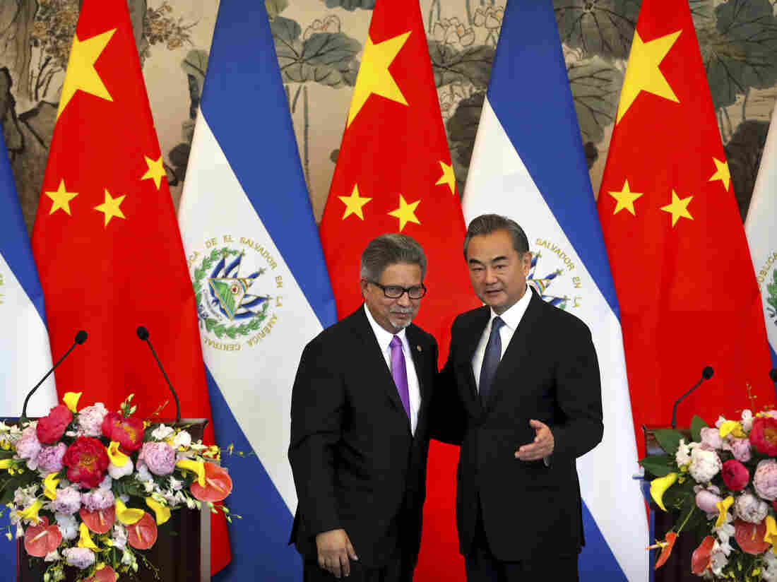 China, El Salvador establish diplomatic ties