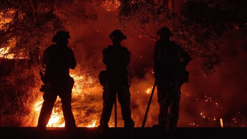 verizon throttled firefighters data as mendocino wildfire raged
