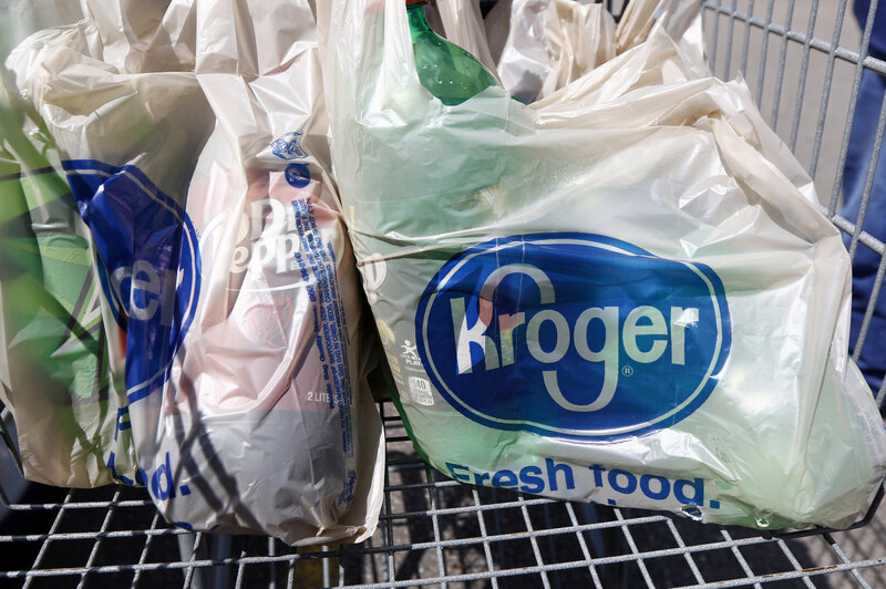 Attention, Shoppers: Kroger Says It Is Phasing Out Plastic