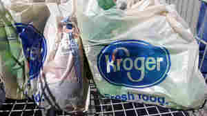 Attention, Shoppers: Kroger Says It Is Phasing Out Plastic Bags
